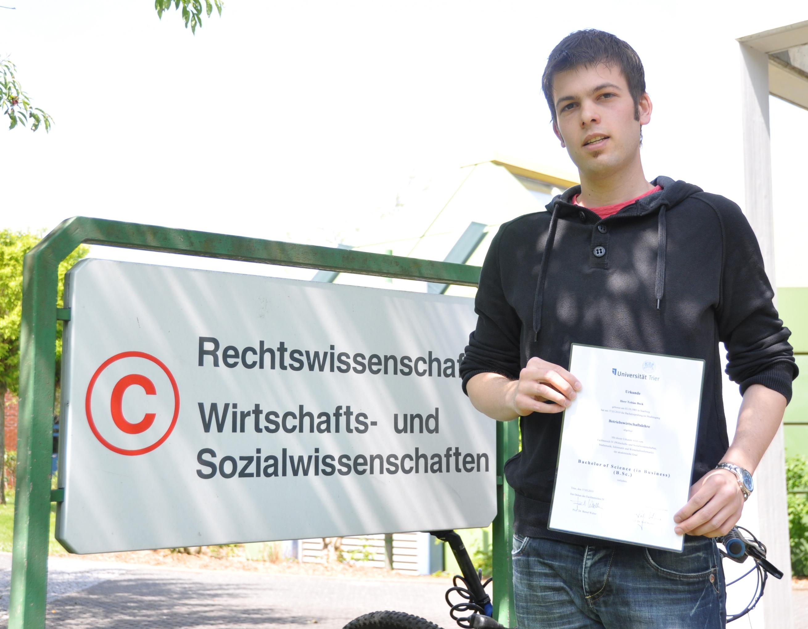 Uni Trier Mitteilungen Die Universit 228 T Trier Hat Ihren
